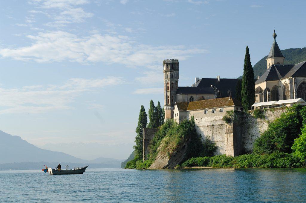 Biara Luar Biasa Untuk Dikunjungi di Prancis
