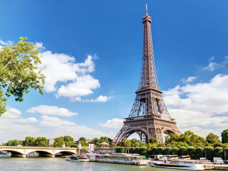Tempat Romantis Terbaik di Paris