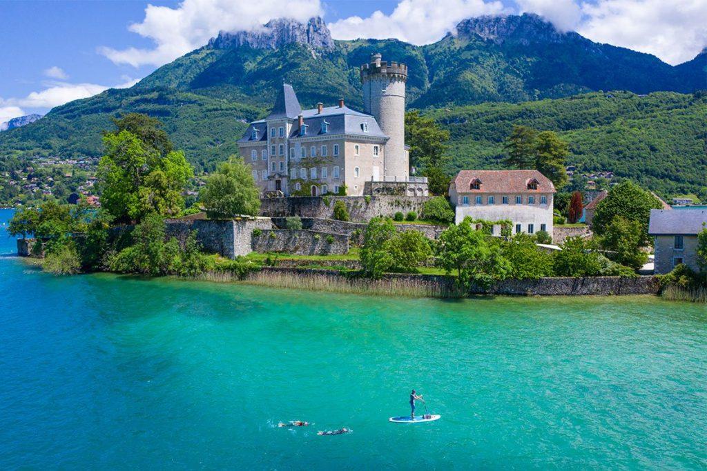 Berbagai Danau Terindah di Prancis