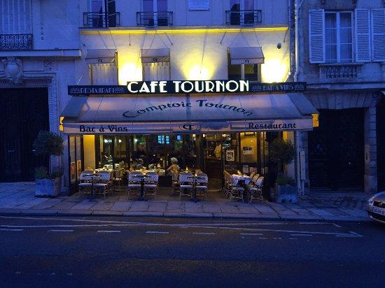 Kafe dan Brasseries Tradisional di Paris